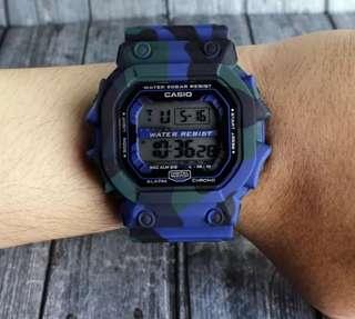 Jam tangan tentara pria dan anak anak digital LED