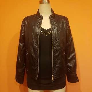 Veeko 2-Way Spring Autumn Reversable Padded Black Jacket 4 pockets