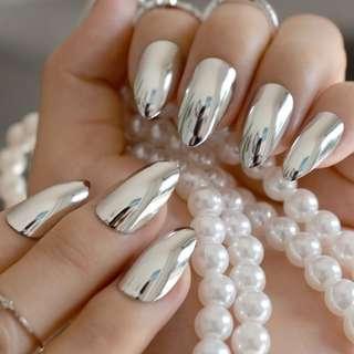 Fashion Silver Acrylic False Nail Metal Mirror Fake Nails Short Stiletto Nails Full Wrap Nail Tips Salon Product