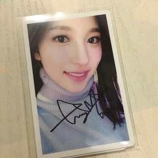 Mina親簽卡