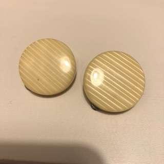 Vintage around earring 60's beige 復古 圓形 耳環 米色