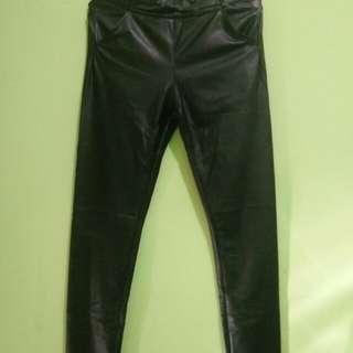 Celana semi jeans bahan kilat
