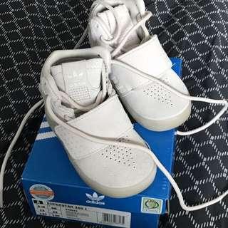 Bb adidas鞋 6.5K