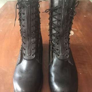 Pre-loved combat shoes