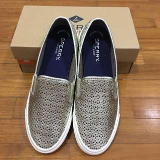 BRAND NEW SPERRY Topsider Slip On Shoes for ladies size US6
