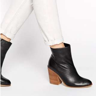 RIVER ISLAND Leather Stacked Heeled Boots - Black - EU40 - UK7