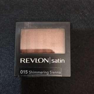 REVLON satin eye shadow - shimmering sienna NEW