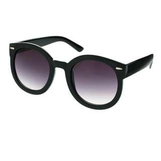 ASOS Oversized Retro Sunglasses - Black