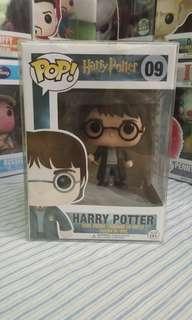 Funko POP Harry Potter with Gryffindor Sword 09 EXCLUSIVE