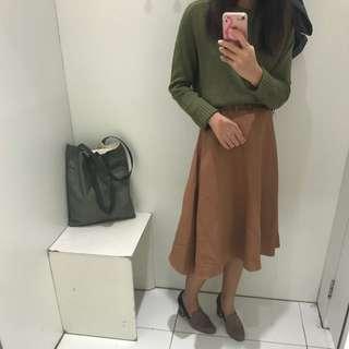 Camel long skirt 🥜