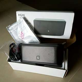 READ in FULL - BNIB Authentic DOSS Bluetooth Speaker ( Purchase with Purchase ) - Worth SGD $205.00