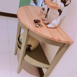 木質造型邊櫃