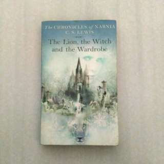 The Chronicles of Narnia: The Lion, the Witch, and the Wardrobe by C. S. Lewis (MMPB)