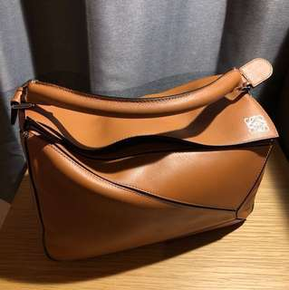 Loewe puzzle medium shoulder bag