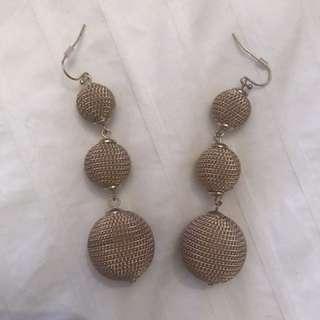 Club Monaco earrings