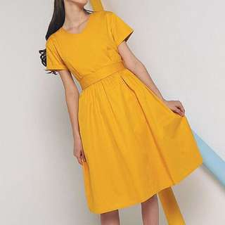 BNWT Hollyhoque Frazer Bow Midi Dress in Sunshine (Size M)