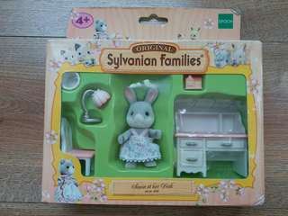 Sylvanian families RARE -Sonia at her desk