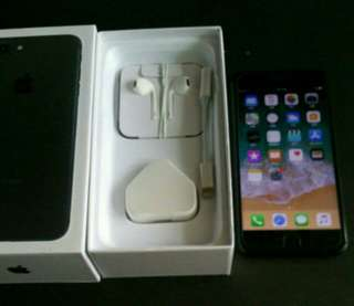 "99% black colour iPhone 7 plus 128gb, Hong Kong zp version,  full set with box.  5.5"" original, like new, 100% working & good battery, full set new accessories, 7 days warranty.   5.5寸99% 新無花,港行zp, 100%全正常及電池良好"