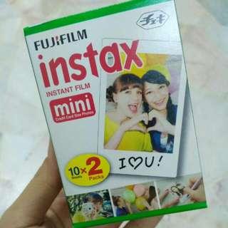 Fujifilm INSTAX instant camera refill 20 pieces