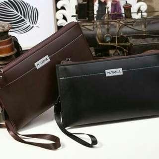 M*NN* V*N** Handbag 168040-262*