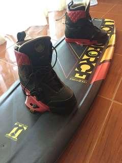 Liquidforce wakeboard and binding