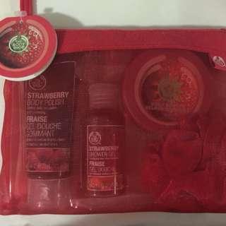 Body Shop Gift Set - Strawberry
