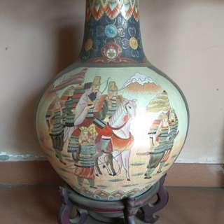 Guci Antik Cina, Tinggi 50 Cm..