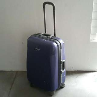 """(*Defects) Eminent 26.5"""" Spin 4 Wheel Luggage Case"""