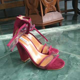 High Heels Maroon Import