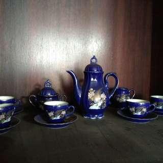 Tea Set Keramik Biru Antik Asli Cina..