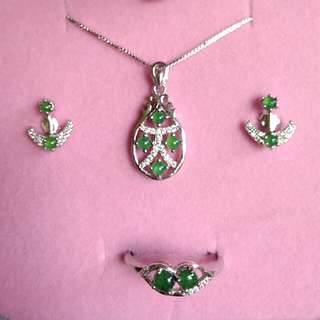 🎍SALE! Grade A 冰糯 Green Cabochon Jadeite Jade Earrings, Ring and Trendy Pendant Necklace Jewellery Set🎍