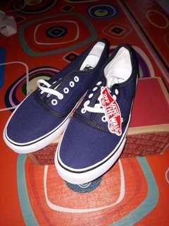 Sepatu VANS Navy