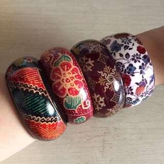 REPRICE: Bangles Batik Plastik Mika Kayu Etnik