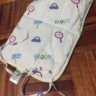 Baby bumper for crib