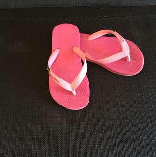💯 Authentic Ipanema slippers