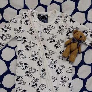 Snoopy sleepsuit