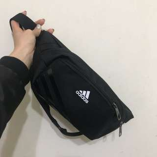 Adidas腰包 全新