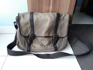 REPRICE!!! FOSSIL messenger bag original