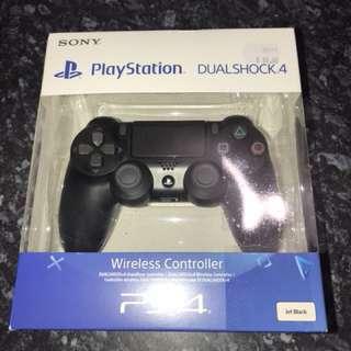 PS4 DualShock 4 Controller
