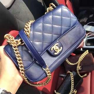 Chanel 復古金鍊包 寶藍色