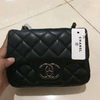 Sling bag chanel mini