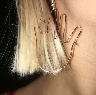 Hand earrings