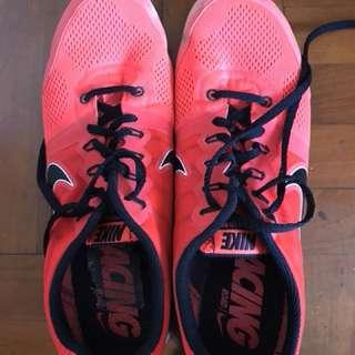 Nike跑鞋