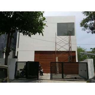 Dijual Rumah Minimalis Baru di Pakuwon City - Surabaya