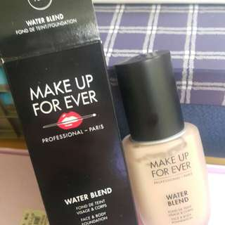 🚚 MAKE UP FOR EVER水粉霜
