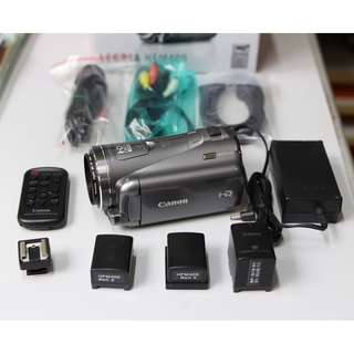 Canon LEGRIA HFM400 complete HD Camcorder system #2
