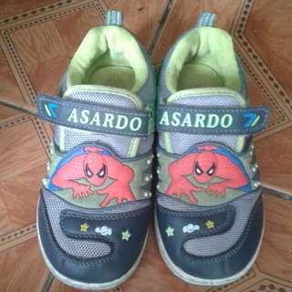 Sepatu anak spiderman no.34