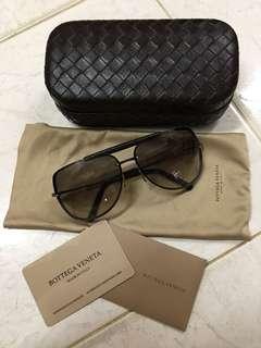 💯Authentic Bottega Veneta Sunglasses