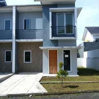 Rumah 2 Lantai River Valley