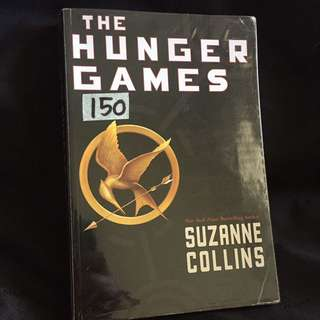 The Hunger Games- Catching fire- Mockingjay (Suzanne Collins)